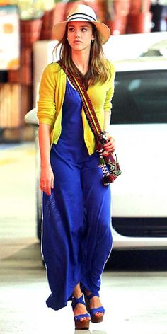 Jessica Alba looks great in this cobalt blue and yellow outfit.
