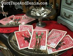 ideas jewerly display cards market stalls for 2019 Flea Market Displays, Flea Market Booth, Store Displays, Booth Displays, Window Displays, Retail Displays, Merchandising Displays, Earring Display, Jewellery Display