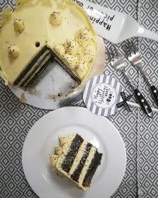 Szofika a konyhában...: Vaníliakrémes máktorta
