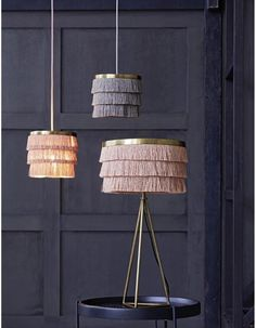 A super cute fringed lampshade. Statement lighting at its best. The three tired tasselled shade is a real show stopper. Would look stunning hanging Round Hanging Mirror, String Curtains, Boho Stil, Lamp Sets, Vases Decor, Lamp Shades, Decoration, A Table, Light Table