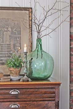 this exact glass demijohn Decorating Your Home, Interior Decorating, Interior Design, Cottage Chic, Cottage Style, Home Decor Bedroom, Decor Room, Vase Deco, Pastel Home Decor