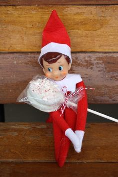 Lulu the Baker: Peppermint Oreo Pops, perfect neighbor or teacher gifts! @vivint #letsneighbor | Melissa B.