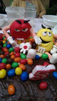 M&M pastel chocolate