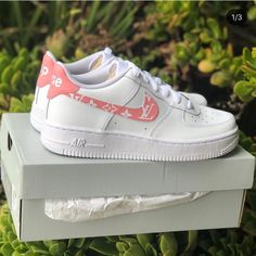 "Image of Air Force 1 ""Pink Supreme Louis Vuitton"" Customs Cute Nike Shoes, Cute Nikes, Vans Shoes, Moda Sneakers, Cute Sneakers, Tennis Sneakers, Sneakers Fashion Outfits, Nike Shoes Outfits, Tenis Nike Air"