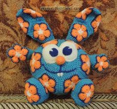 animals made out of crochet african flower motif pattern Bunny Crochet, Crochet Amigurumi, Amigurumi Patterns, Cute Crochet, Crochet Animals, Crochet For Kids, Crochet Crafts, Crochet Dolls, Crochet Projects