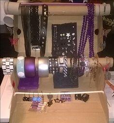 DIY Jewelry display for the upcoming fleemarket 10min construction