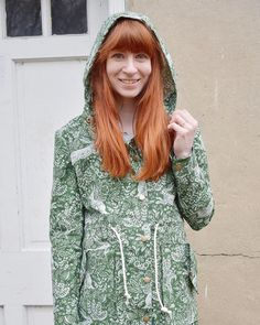I think wins the Kalle Shirt Print Prize. She always knocks our socks off with her choices. This beauty is no exception. Make A Closet, Flat Felled Seam, Anorak Jacket, Bias Tape, Jacket Pattern, Lightweight Jacket, Dressmaking, Printed Shirts, High Neck Dress