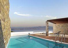 Hotel Poseidon Resort – Loutraki, Grèce avec piscine et vue sur la mer.