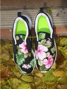 4c09534e9367 Roshes Custom Black Swoosh Pink Hibiscus Floral Print