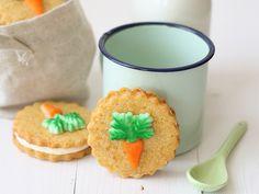 Carrot Cookies - La receta de la felicidad (Wheat Dairy Vegetables Gluten Animal products Ground cloves Cardamom Salt Cream cheese Flour Butter Confectioner's sugar Fresh ginger Carrots Cinnamon Sugar)