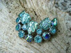 Vintage Weiss Rhinestone Brooch Molded Glass by GemsVintageGems, $32.00