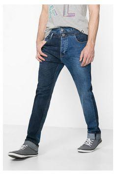 Calças de ganga regular fit com cintura dupla Desigual. Descobre a coleção…