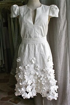 <3 this simple white orchid dress.