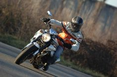 Moto Guzzi Griso 1200 8V 2010 prova in città, su strada e autostrada - Insella.it