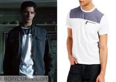 Scott McCall(Tyler Posey) wears this crew-neck T-Shirt witha zip pocketin this week's episode of Teen Wolf. It is theKenneth Cole Reaction Chambray [...]