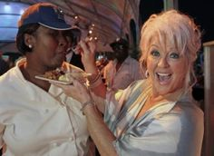 """Black Paula Deen Fans Hold """"Forgive Puala Deen"""" Rally In Times Square? 