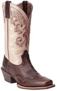 239078a38ba2 27 Best Cowgirl boots images