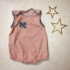 Jeg eeeeelsker dette stof 😍👌🏽 Nyt mønster er afprøvet ✔️✂️ #syet #babydragt #sewing #hjemmesyet #HomemadebyLouiseNyby