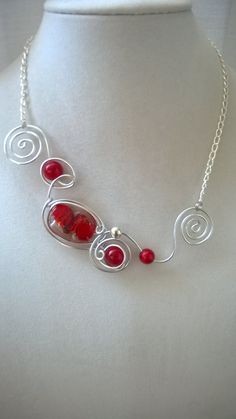 Your place to buy and sell all things handmade - Modern jewelry stylish stylized unique red by LesBijouxLibellule - Red Jewelry, Modern Jewelry, Metal Jewelry, Jewlery, Aluminum Wire Jewelry, Wire Wrapped Jewelry, Red Necklace, Beaded Necklace, Bijoux Fil Aluminium