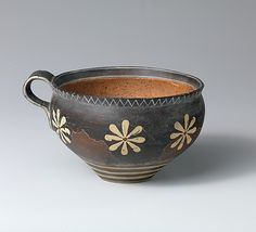 Reproduction of a rounded cup, ca. 1900-1800 BCE. Minoan, Middle Minoan IIA.