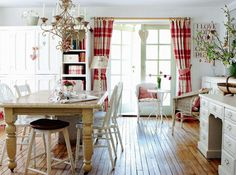 Bright and Airy Cottage Dining Room