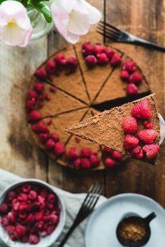 Zdravý koláč bez múky a cukru / Cake without flour and sugar Bolo Vegan, Vegan Cake, Healthy Cheesecake, Healthy Cake, Raw Food Recipes, Sweet Recipes, Housewarming Food, Fitness Cake, Bolo Fit