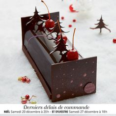 raspberries christmas log and noel on pinterest. Black Bedroom Furniture Sets. Home Design Ideas