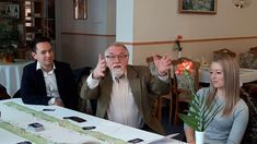 Zaveczki Tibor vendége volt Vágó István Candles, Candy, Candle Sticks, Candle