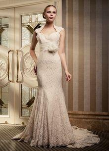 <b>Ultra Romance</b>-Slim Mermaid Sweep Train Cap Sleeved Lace Bridal Dress