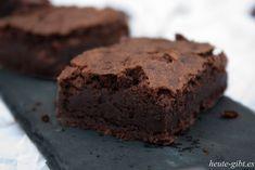 Chocolate brownies - Schokoladen-Brownies von Cynthia Barcomi - Achtung! andere bilder nach diesem Rezept nicht so schön http://heute-gibt.es/classic-brownies/