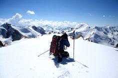 Trekking Holidays, Green Valley, Kazakhstan, Himalayan, Travel Hacks, Mount Everest, Tourism, India, Adventure