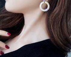 Luxusné náušnice s kryštálikmi v zlatej a striebornej farbe1 Earrings, Jewelry, Fashion, Ear Rings, Moda, Stud Earrings, Jewlery, Jewerly, Fashion Styles