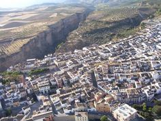 What a beautiful aerial shot of #AlhamaDeGranada and we can even see our #CyclingCountry office in it!