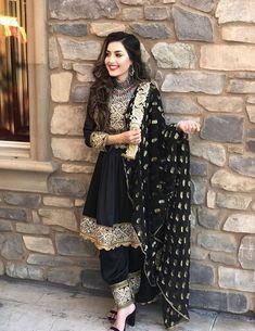 Source by Dokhtarana dresses afghani clothes Pakistani Fashion Casual, Pakistani Dress Design, Pakistani Outfits, Indian Fashion, Pakistani Bridal, Designer Party Wear Dresses, Indian Designer Outfits, Indian Wedding Outfits, Indian Outfits