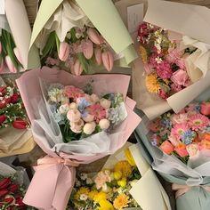꒰ 💌 ꒱┊𝚙𝚒𝚗𝚝𝚎𝚛𝚎𝚜𝚝: 𝚘𝚔𝚊𝚢𝚢𝚟𝚒𝚟 Spring Aesthetic, Flower Aesthetic, Japanese Aesthetic, My Flower, Beautiful Flowers, Arte Floral, Planting Flowers, Flower Arrangements, Floral Wreath