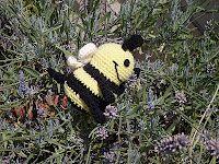 Bumble Bee - free crochet pattern
