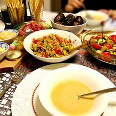 お友達を招いてのイタリアンナイト♫ 白インゲン豆のスウプ リボリータ、帆立アボカドトマトのガーリックバター焼、ブラウンライスサラダバルサミコ風味、romieさんの新じゃがのバルサミコ煮ころがし、ヒロポンさんのアクアパッツァなど…グリッシーニの生ハム巻き、パルミジャーノレッジャーノをあてに⭐ - 186件のもぐもぐ - イタリアンナイト白インゲン豆のスウプ(リボリータ)、ブラウンライスサラダ、帆立アボカドトマトのガーリックバター焼、グリッシーニの生ハム巻き、パルミジャーノなど… by kayorina