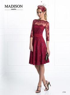 Descubre la nueva Colección 2017 para madrinas e invitadas de Madison Diseño, un verdadero espectáculo de colores, elegancia y diseño.