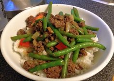 This was awesome over cauliflower rice.  Used fresh green beans instead of frozen and skipped the sweetner