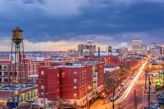 Virginia Usa, Richmond Virginia, Best Places To Travel, Places To Visit, Hollywood Cemetery, Pedestrian Bridge, Seattle Skyline, San Francisco Skyline, The Good Place