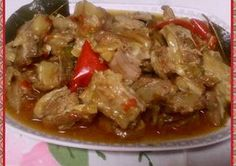 Poor lamb neck and skirt Mayte Fuente's recipe .- Poor lamb neck and skirt Mini Pressure Cooker, Meat Recipes, Dinner Recipes, Spanish Kitchen, Le Chef, Canapes, No Cook Meals, Tapas, Lamb