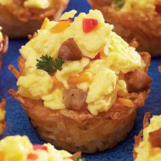 Ingredients:    1 (3 1/2-cup) bag frozen shredded potatoes, defrosted (we used Simply Potatoes)  1/3 cup vegetable oil or butter  1/2 teaspoon salt  1/4 teaspoon pepper  6 eggs  2/3 cup milk  1/2 cup finely diced onions  1/3 cup finely diced bell peppers  3/4 cup diced cooked breakfast sausage  Shr