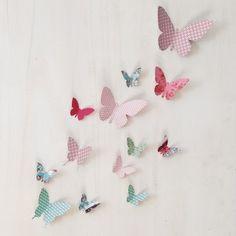 Papillon en papier pour déco une chambre d'enfant