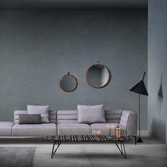 Cool ny sofa fra italienske Zanotta! Er du på jagt efter en ny sofa skulle du tage et kig på Zanottas nye sofa Botero. Sammensæt Botero som du ønsker eller vælg mellem forskellige standardstørrelser. Sofaen fås polstret i Zanotta's egne tekstiler eller læder. Bestil sofaen online på rosborgshop.dk #salonedelmobile #milano #nyhed #zanotta #botero #designsofa #rosborgshop by rosborgshop