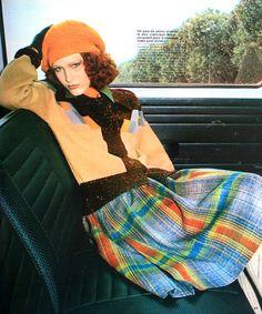 Marie Claire (France) September 1974  Ensemble de Cacharel, photo  Kourken Pakchanian 70s Fashion, Fashion History, Vintage Fashion, Fashion Outfits, Womens Fashion, Fashion Magazines, Fashion Models, Vintage Fall, Vintage Mode