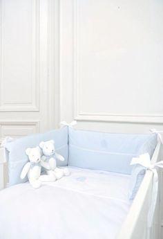 Onze babykamers zijn heringericht. Natuurlijk kon Théophile & Patachou niet ontbreken in ons kamertje. We kozen voor de nieuwe Royal Blue collectie! @ThPat #theophileandpatachou #kamer #hetlandvanooit http://www.hetlandvanooit.be