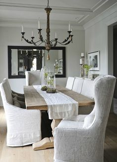 Choose the right dining chairs for your table and space. /BR | Adore Your Place