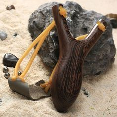 Powerful Wenge Wood Slingshot Hunting Game Catapult with Rubber Band Outdoor Kit