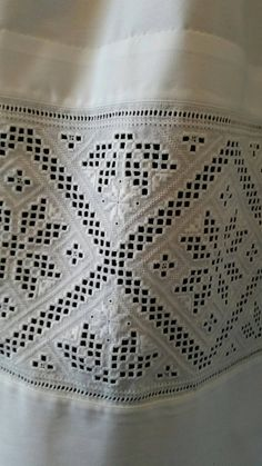 Hardanger Embroidery Made by Inger Johanne Wilde Hardanger Embroidery, Embroidery Patterns, Paper Snowflakes, Brazilian Embroidery, Traditional Outfits, Norway, Weaving, How To Make, Feminine Fashion