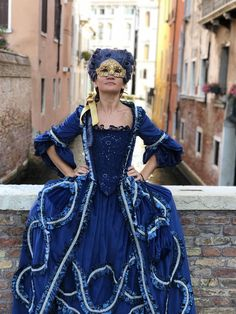 Italy Images, 18th Century Fashion, Cool Masks, Period Costumes, Lolita Dress, Telephone Number, Dress Skirt, Shipping Company, Damask